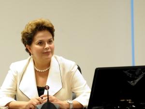 Presidente Dilma Rousseff durante reunião com ministros da área social e econômica.