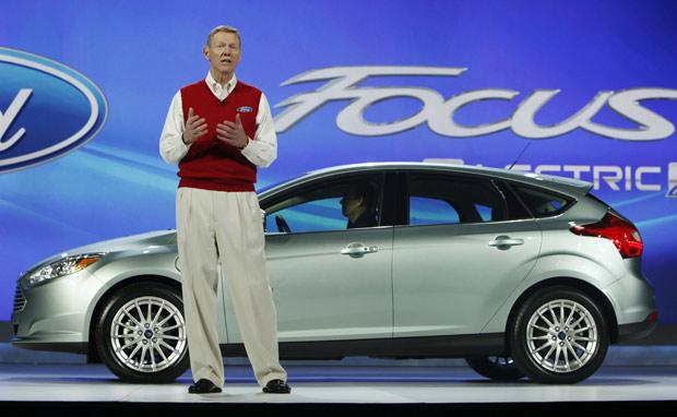 O Chefe Executivo Da Ford Motor Allan Mulally Apresentou Nesta Ta Feira