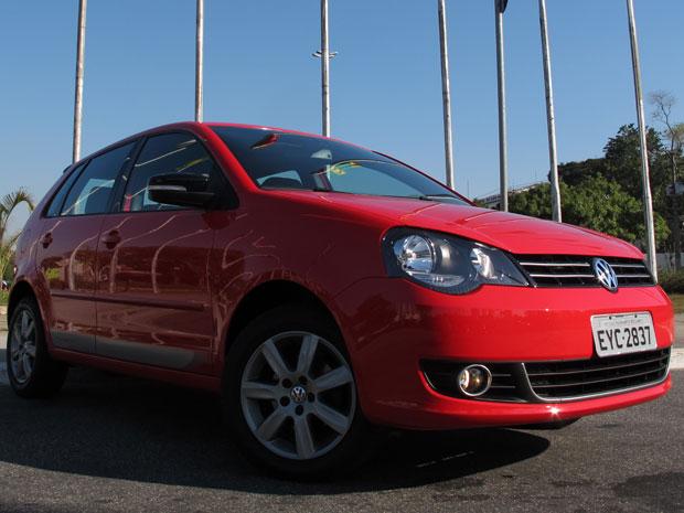 9bd8009397 Primeiras impressões  Volkswagen Polo 2012. G1 avaliou a versão Sportline 1.6  Total Flex ...