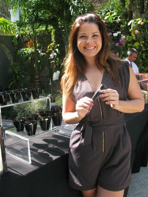 A atriz Samara Felippo, que participou da apresentação do menu (Foto: Carla Meneghini/G1)
