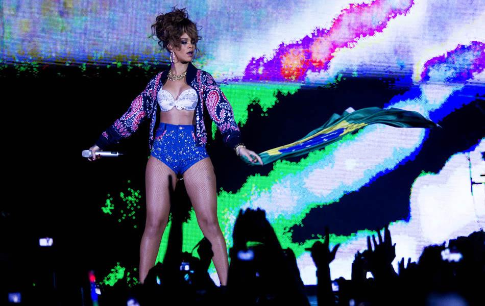 Rihanna faz show em Belo Horizonte. Apresentação no Mineirinho é a segunda  da cantora no Brasil. 3f40728062f