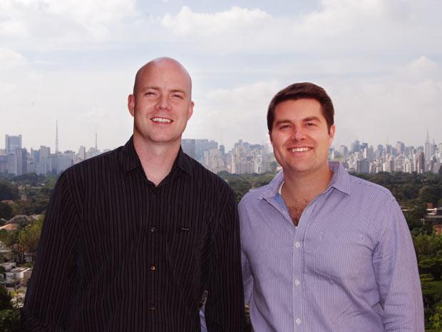 Os sócios - e primos - Davis Smith (à esquerda na foto) e Kimball Thomas chegaram ao Brasil há pouco mais de dois meses para fundar a empresa (Foto: Divulgação)