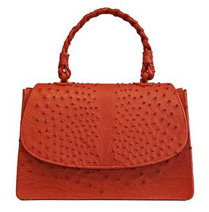 89c2c32d7 G1 - Designer de bolsas brasileiro está em reality show de moda nos ...