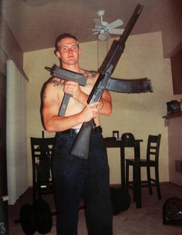 Benjamin Colton Barnes em foto divulgada pelas autoridades (Foto: AP)