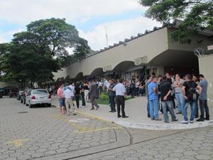 Velório de Henrique Vasques ocorre na Quarta Parada (Foto: Renato Jakitas/G1)