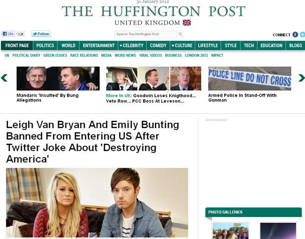 Os jovens Emily Bunting Leigh Van Bryan, impedidos de entrar nos EUA por 'brincadeira' no Tweeter (Foto: Reprodução)