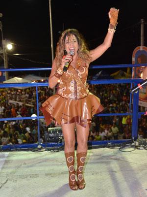 Daniela Mercury mostrou po forró e o baião no carnaval de Salvador (Foto: Eduardo Freire/G1)