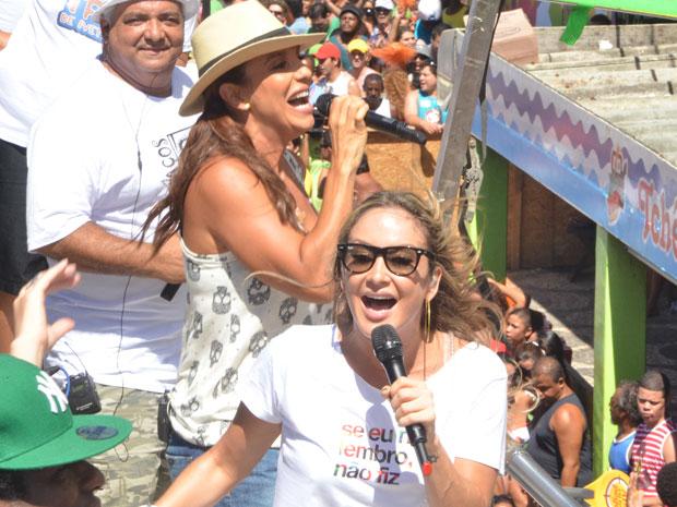 Ivete Sangalo e Claudia Leitte no arrastão (Foto: Eduardo Freire/G1)