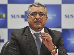 O ministro da Saúde, Alexandre Padilha, durante divulgação de resultados de índice do SUS (Foto: Fábio Rodrigues Pozzebom/ABr)