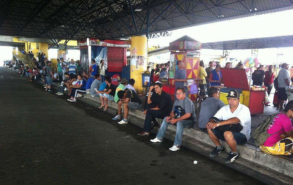 Movimento grevista afeta todas as zonas de Manaus