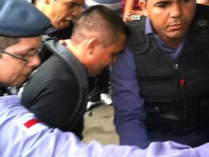 Homem foi preso na Cidade Nova (Foto: Carlos Eduardo Matos/G1)