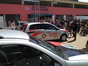 Aluno entra com arma em escola de João Pessoa  (Foto: Walter Paparazzo/G1)