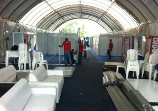 Camarim do Metal Open Air foi desmontado na tarde deste sábado (21) em São Luís (Foto: Cauê Muraro/G1)