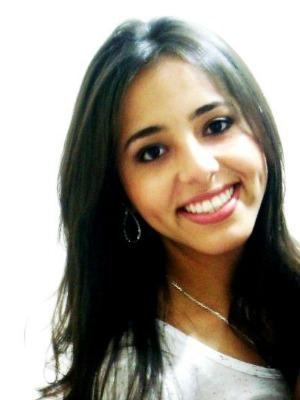 Izadora desapareceu com mais quatro amigos em viagem à Bahia. (Foto: Divulgação/Internet)