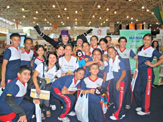 Alunos do ensino fundamental da Escola Estadual Senador Petrônio Portela  (Foto  Katiúscia Monteiro  54d7052e71a