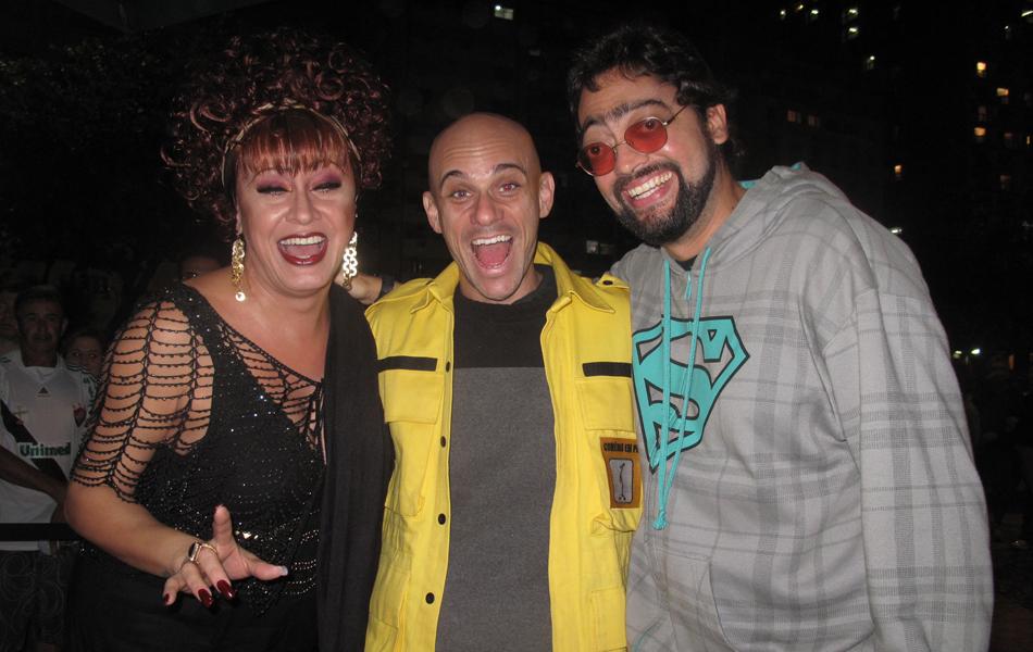 Nanny People, Smigol e Fernando Caruso divertem o público em Copacabana