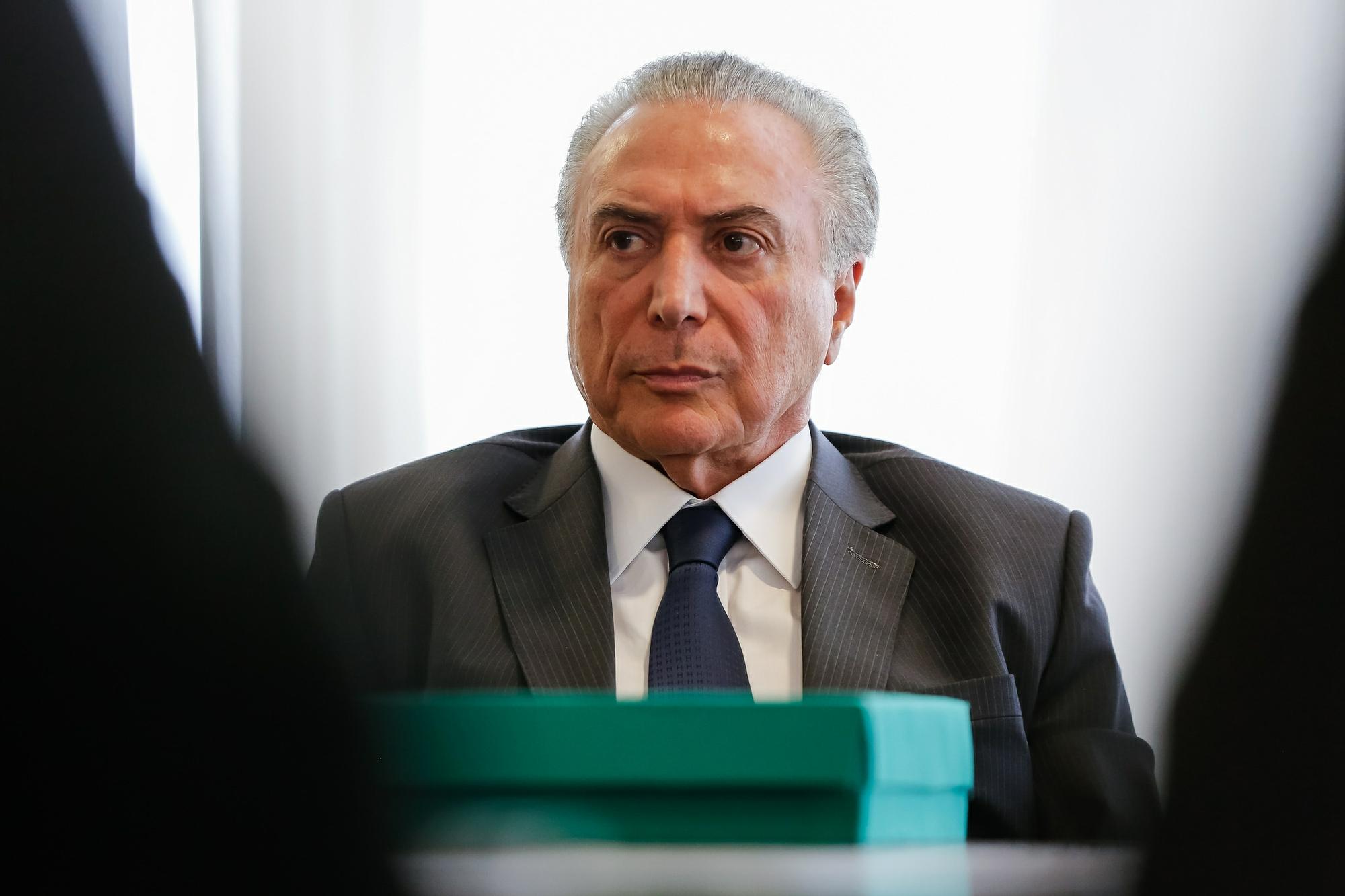 Temer em encontro com parlamentares no Planalto, em 9 de outubro