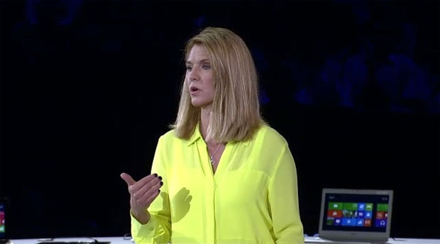 Tami Reller confirmou o lançamento do Windows 8 para outubro (Foto: Reprodução)