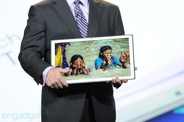 Panasonic lança tablet Windows 8 com tela 4K (Foto: Reprodução/Engadget)