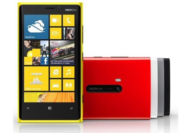 Lumia 920 é o top de linha da Nokia com Windows Phone 8 (Foto: Divulgação)