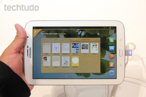 Galaxy Note 8, da Samsung, possui apps otimizados para o uso da caneta S Pen (Foto: Allan Melo/TechTudo)