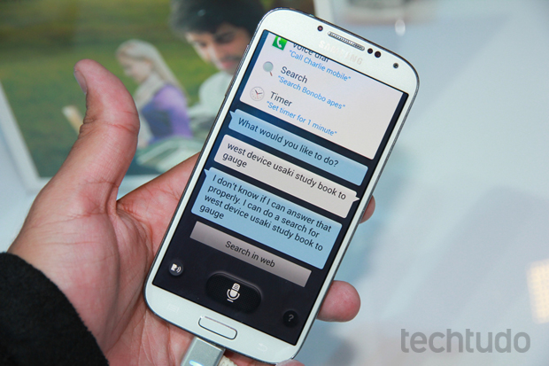 Galaxy S4 promete dar dor de cabeça para a Apple (Foto: Allan Melo/TechTudo)
