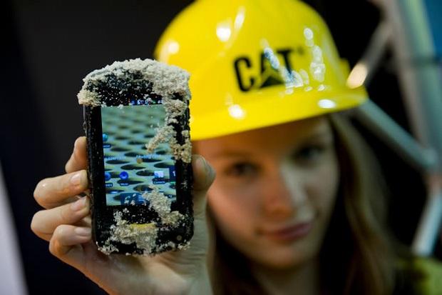 Telefone super resistente acaba de chegar ao Brasil (Foto: Divulgação)