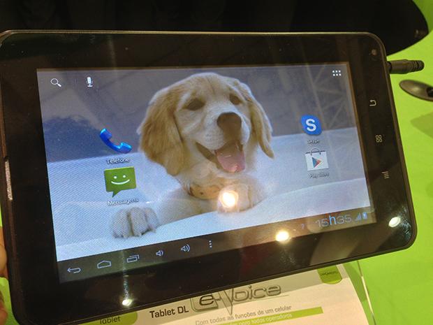 e52ac86cecd DL apresenta tablets de baixo custo e cartão SD com Wi-Fi na ...
