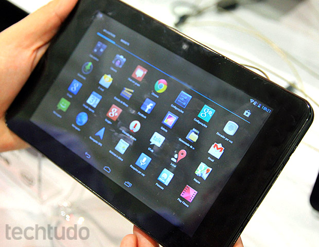 Tablet da CCE Motion Tab TD72G (Foto: TechTudo / Rodrigo Bastos)