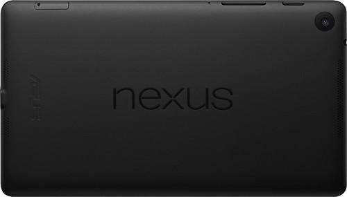 Traseira do Nexus 7: por fora, diferença notável é a nova câmera traseira (Foto: Divulgação)