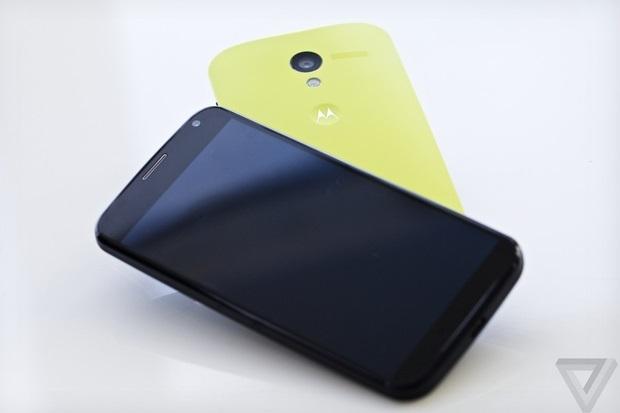 24dd002a71a Aparelho vai ganhar versão com Android puro (Foto  Reprodução The Verge)  Moto ...