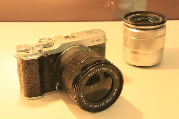 Fujifilm X-M1, a ser lançada em novembro, é compacta com lentes  intercambiáveis 12fd705adb
