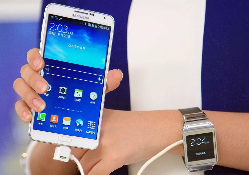 d23dca7221f Novos Galaxy Note 3 e Galaxy Gear começam a ser vendidos neste sábado (Foto