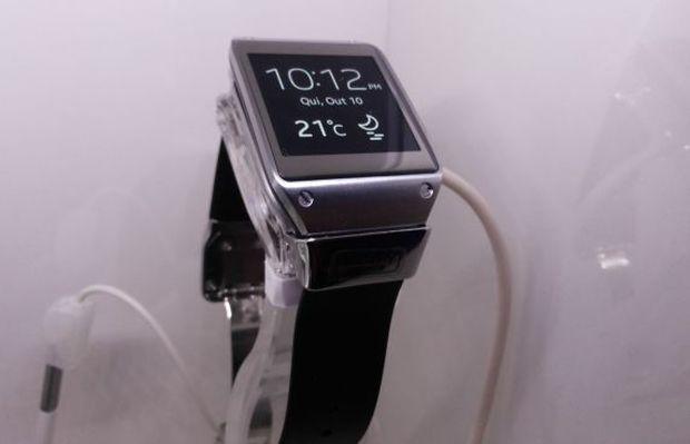 015ea4cdf80 Galaxy Gear é um lançamento de outubro da Samsung no Brasil (Foto  Pedro  Zambarda
